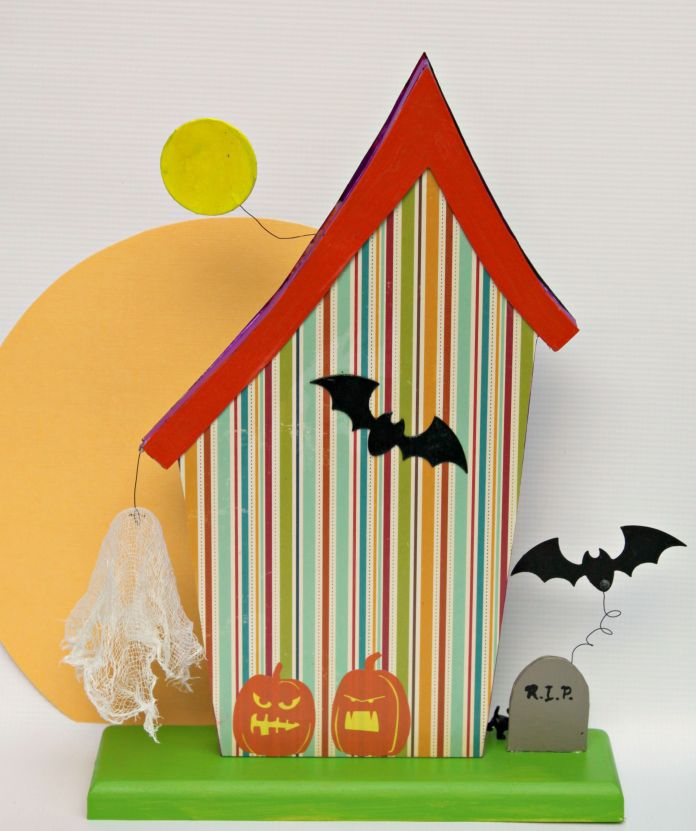 halloween house back