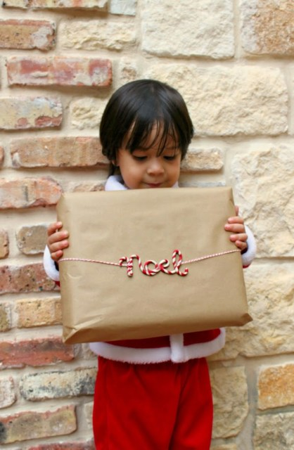 Use clay to create cute word gift tags that you can use to gift wrap your presents.