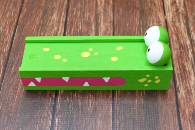 gator-pencil-box-1024x682