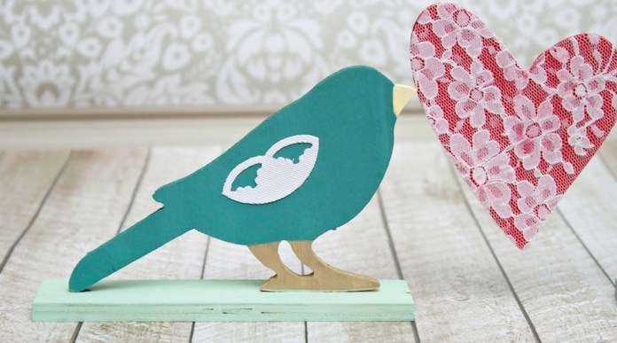 love bird painted close up