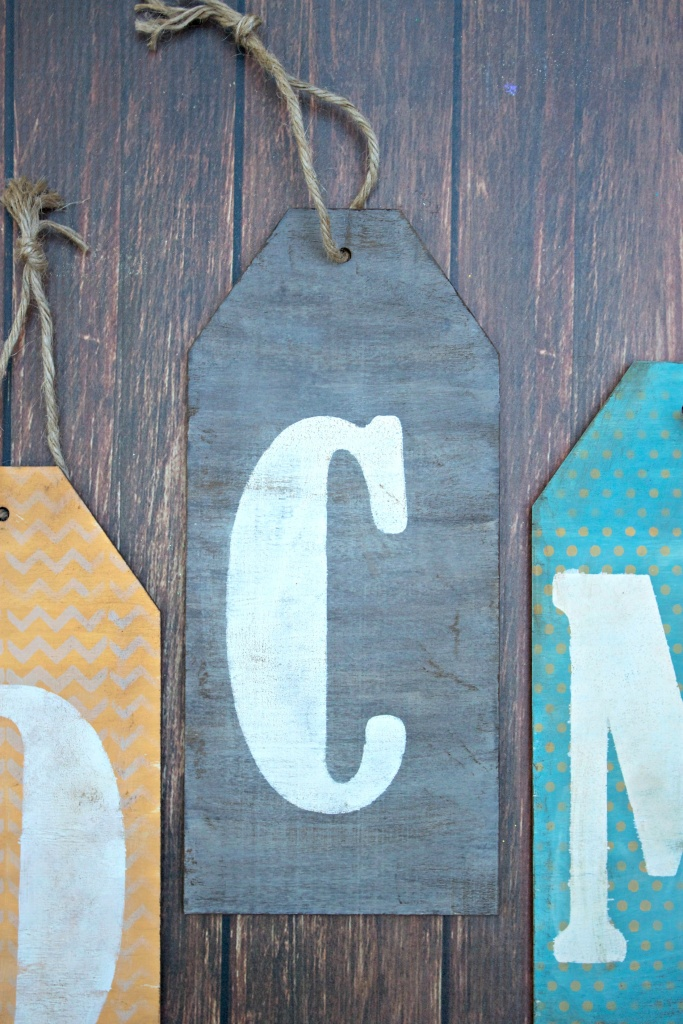 how to make monogram wood tags