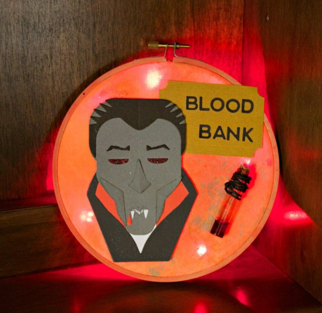 light-up-vampire-sign