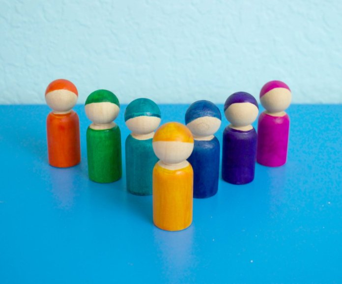painted peg dolls