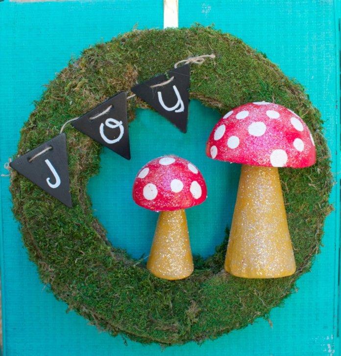 mushroom wreath DIY