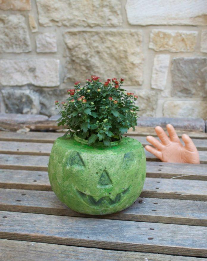 how to make a cement pumpkin planter