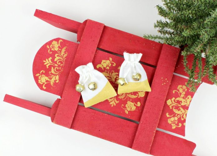 DIY holiday gift wrap gold fabric gift bags