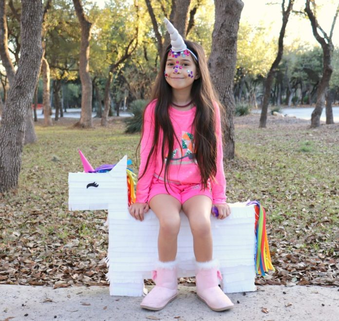 Giant unicorn piñata tutorial project