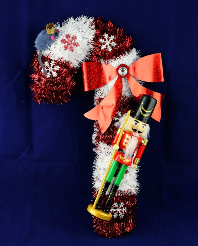 nutcracker and king mouse wreath