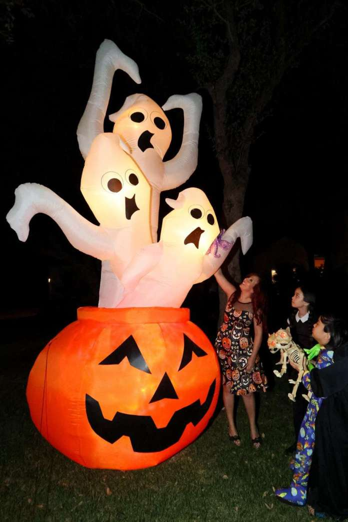 giant halloween inflatable decor