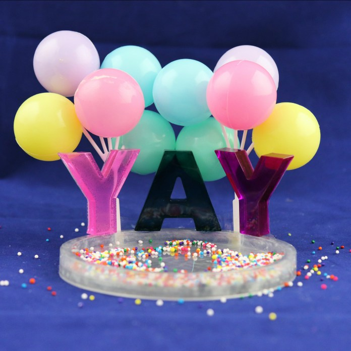 how to make a cake topper