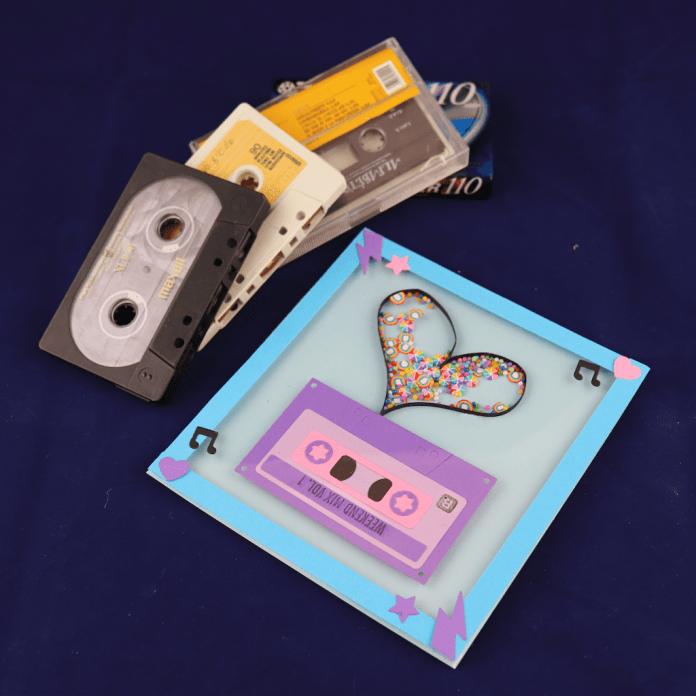 retro cassette shaker card