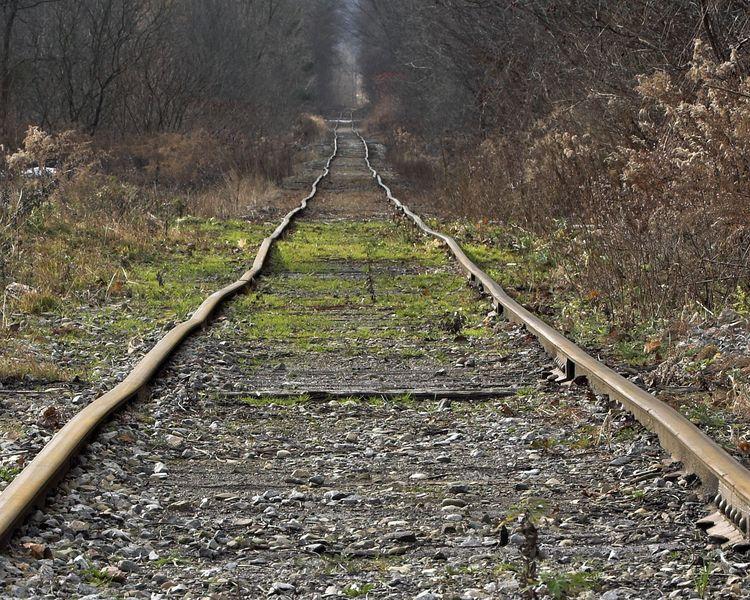 railroad wavy tracks