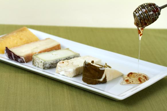 Cheese-with-Truffle-honey-dribbling-583x388