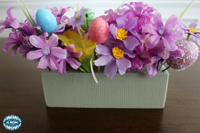 DIY Dollar Tree Easter Farmhouse Centerpiece Decor