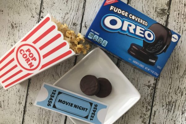 Jazz up family night and create ultimate memories with your family. Check out how to make family movie night more fun with these 6 family movie night ideas. With free printable movie tickets.