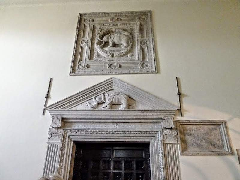 The family elephant emblem above the door of the Malatestiana Library is also in the Duomo in Rimini.