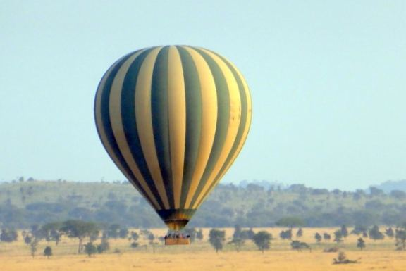 Hot air balloon over the Serengeti National Park