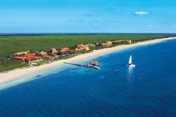 500-yard private beach at Zoetry Paraiso de la Bonita
