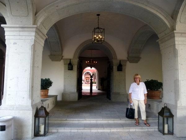 Elegant entranceway to the courtyard