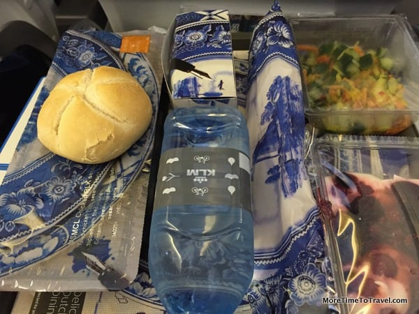 The hot meal wrapped in Delft Blue