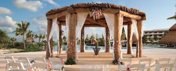 Photo credit: Secrets Resorts