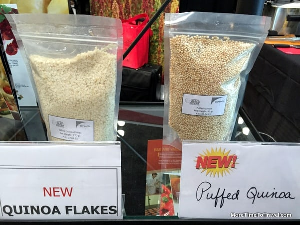 Quinoa flakes and puffed quinoa