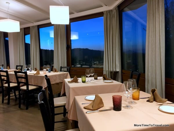 Dining room with views at the restaurant