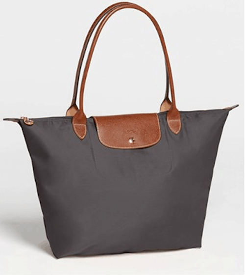 My standard travel bag: The Longchamps Pliage Tote