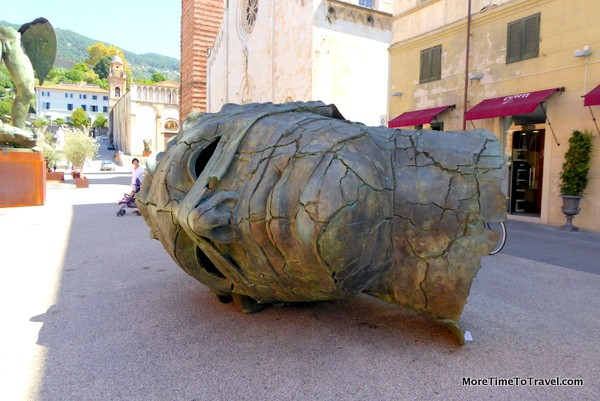 "Gargantuan sculpture, part of the ""Mitoraj Mito e Musica"" display in Pietrasanta"