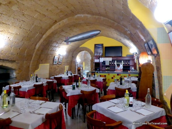 Interior of Zeppelin Restaurant in Orvieto (kitchen is behind the small arch in the back)
