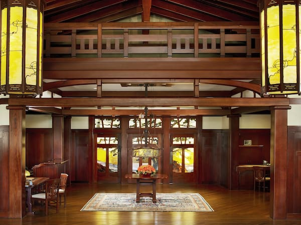 Foyer (Credit: The Lodge at Torrey Pines)