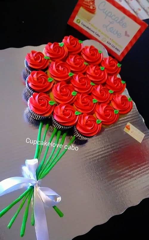 Bouquet of cupcake roses