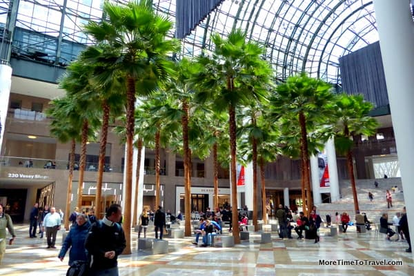 Brookfield Place, an elegant luxury mall in the NYC Financial Center
