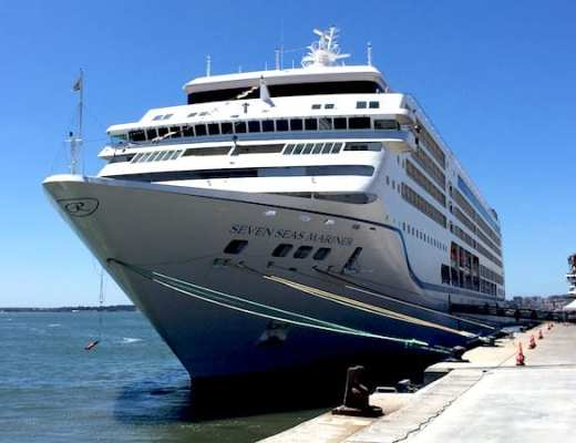 Regent Seven Seas Mariner in Lisbon (Credit: Jerome Levine)