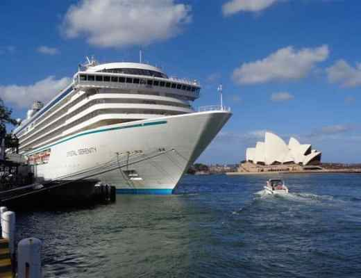A perfect parking spot for Crystal Serenity in Sydney Harbor