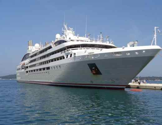 Le Lyrial docked in Croatia