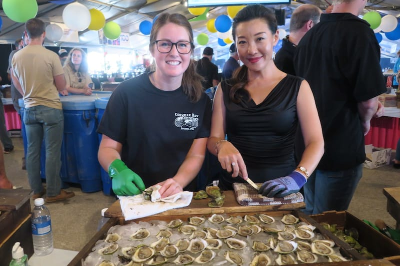 Happy Oyster Shuckers