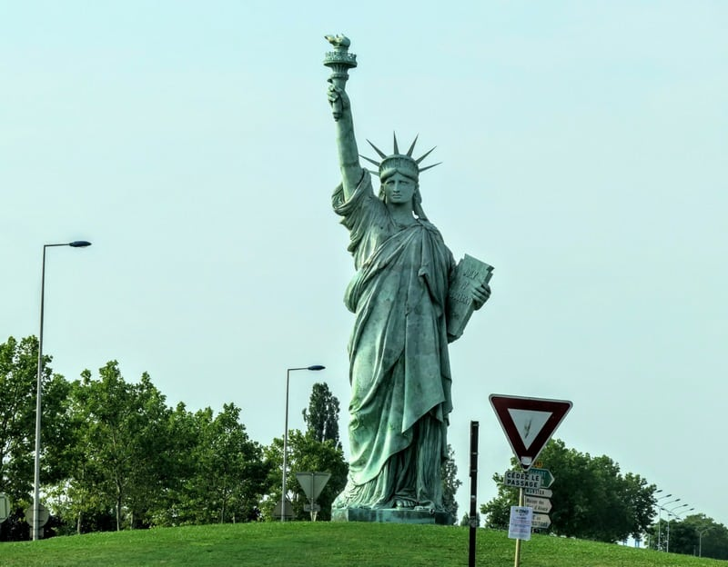 Best Day Trip From Strasbourg - Replica Statue of Liberty on the roundabout in Colmar