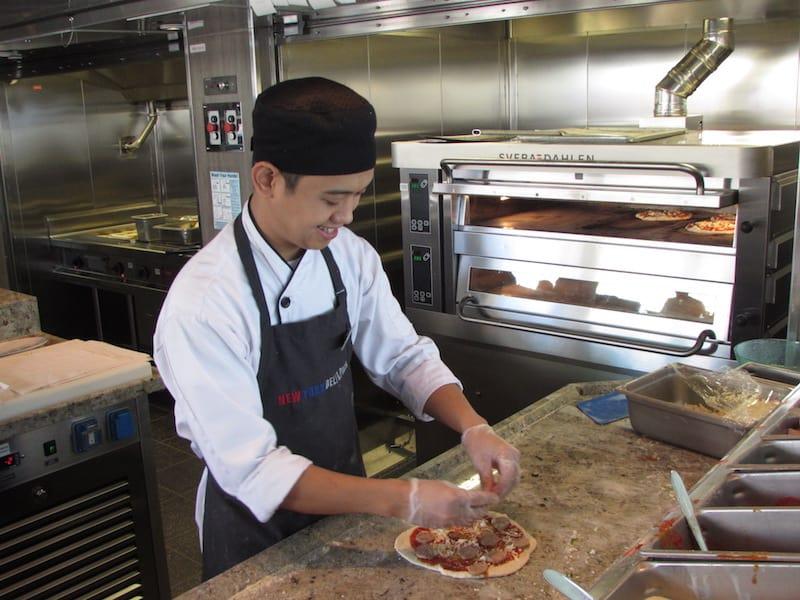 Preparation of New York Pizza