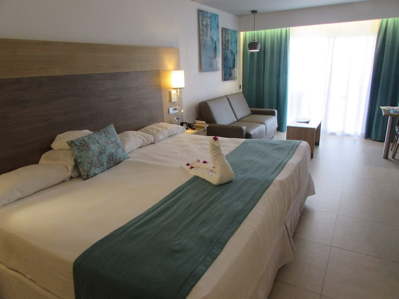 Our tastefully refurbished room at Hotel Riu Palace Tropical Bay