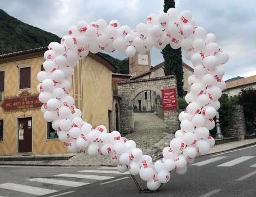 Romantic Night balloons in Follina (Credit: I Borghi più belli d'Italia)