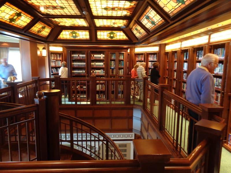 Bi-level library on Voyage du Vin wine cruise