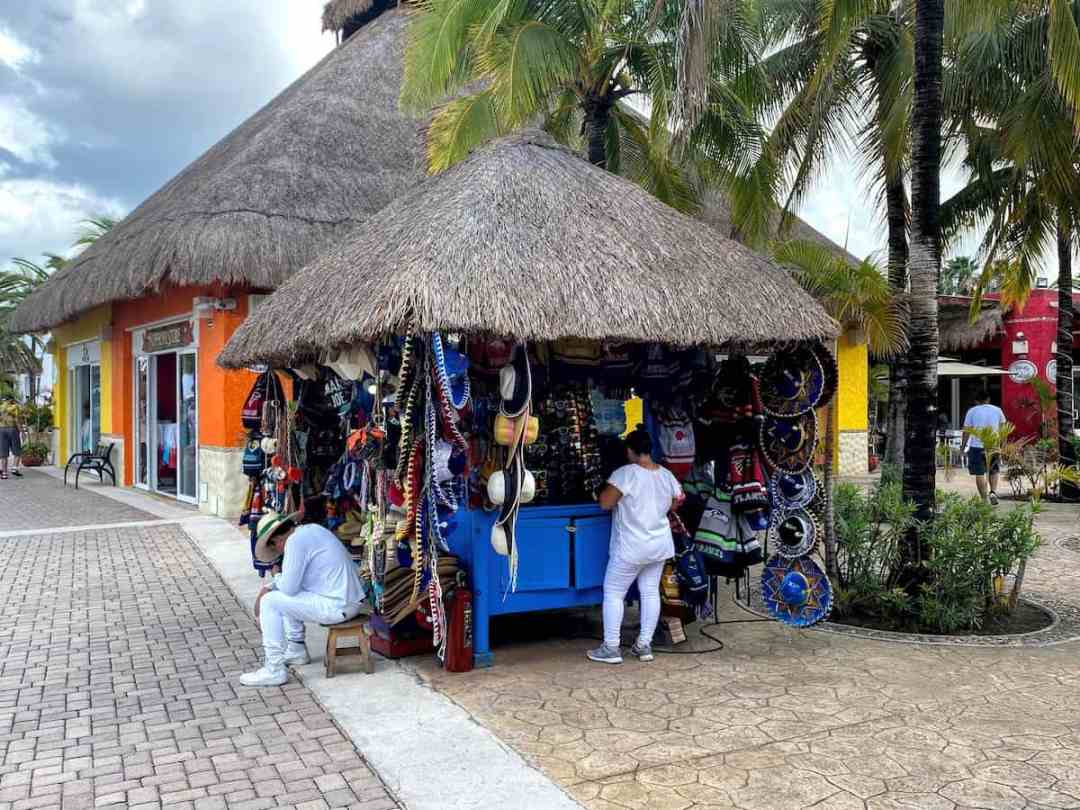 One of the carts at Puerto Maya pier, this one selling Mexican hats