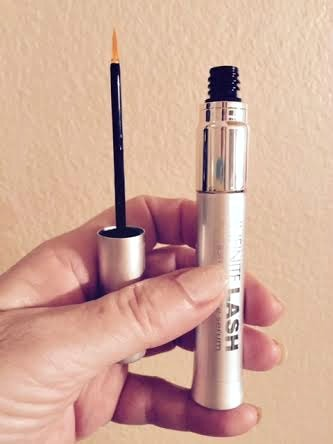 Infinite Lash Serum review-using and eyelash serum-tips for growing strong eyelashes
