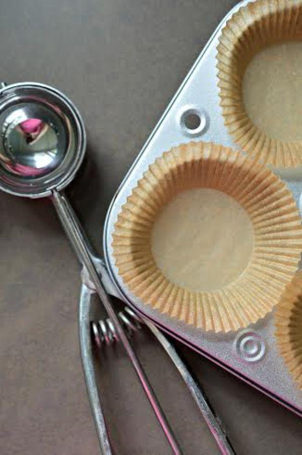 fresh strawberry chocolate muffins 2