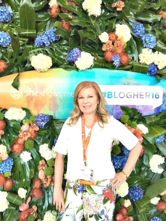 Lori Felix, More With Less Today at #BlogHer16