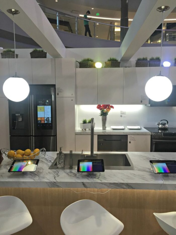 Best Buy Mall of America Connected Home