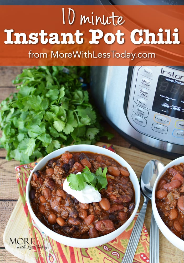 Are you looking for a quick, healthy and delicious recipe for dinner tonight? Try our 10 Minute Chili recipe made with S&W beans.