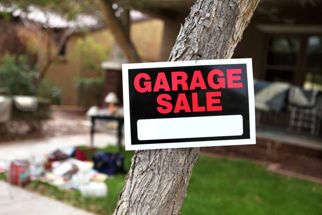 How to Attract Serious Buyers and Have a Killer Garage Sale. Smart, pro tips to make your garage sale a success. How to advertise your garage sale online for free.
