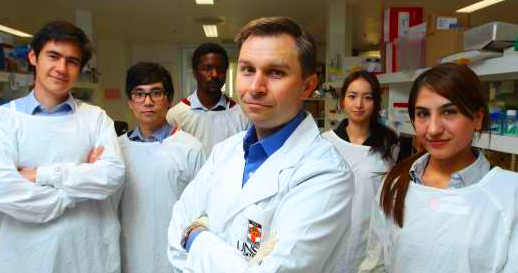 UNSW's Labratory for Ageing Research. Left to right, Lindsay Wu, Myung-Jin Kang, Frank Stoddart, David Sinclair, Ashley Wong, Hassina Massudi. Credit: Britta Campion